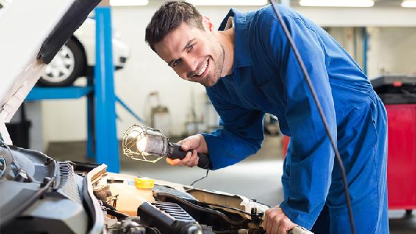Auto-Service und Teile